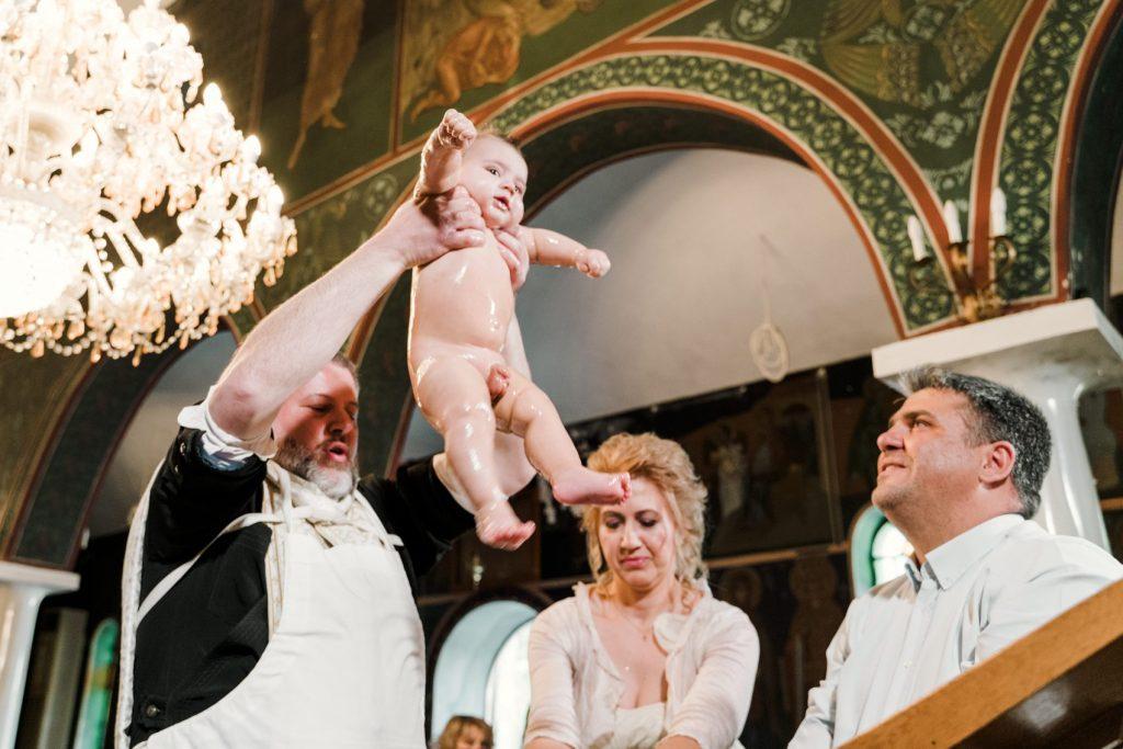 Φωτογράφηση βάπτισης - Άγιος Δημήτριος - Καρατάσιου
